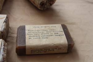 Itchy mongrel flea soap for dogs - Bear Bottom Farm